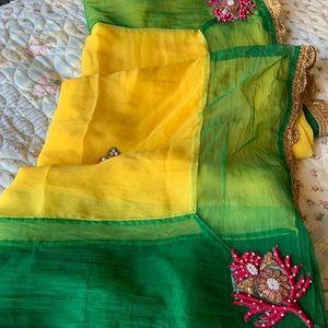 Dresses & Skirts - Saree